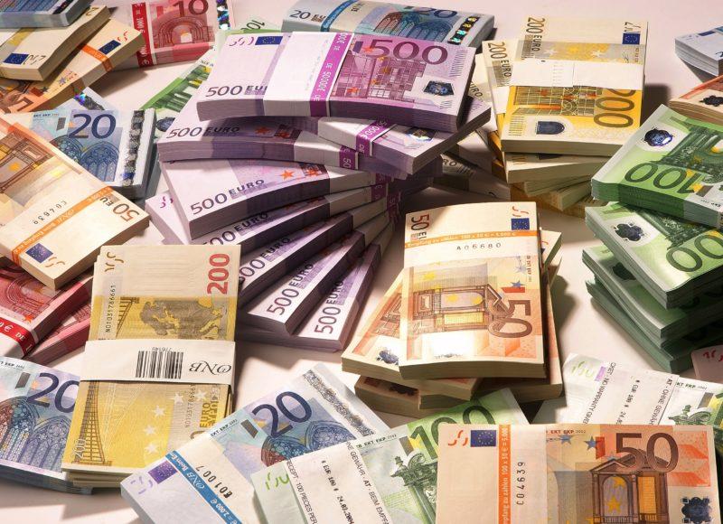 Banche e riciclaggio: denunce insufficienti, solo un quarto dei reati è perseguito