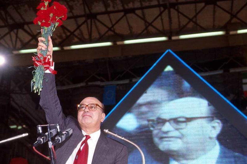 Craxi al congresso di Milano del Psi-1989