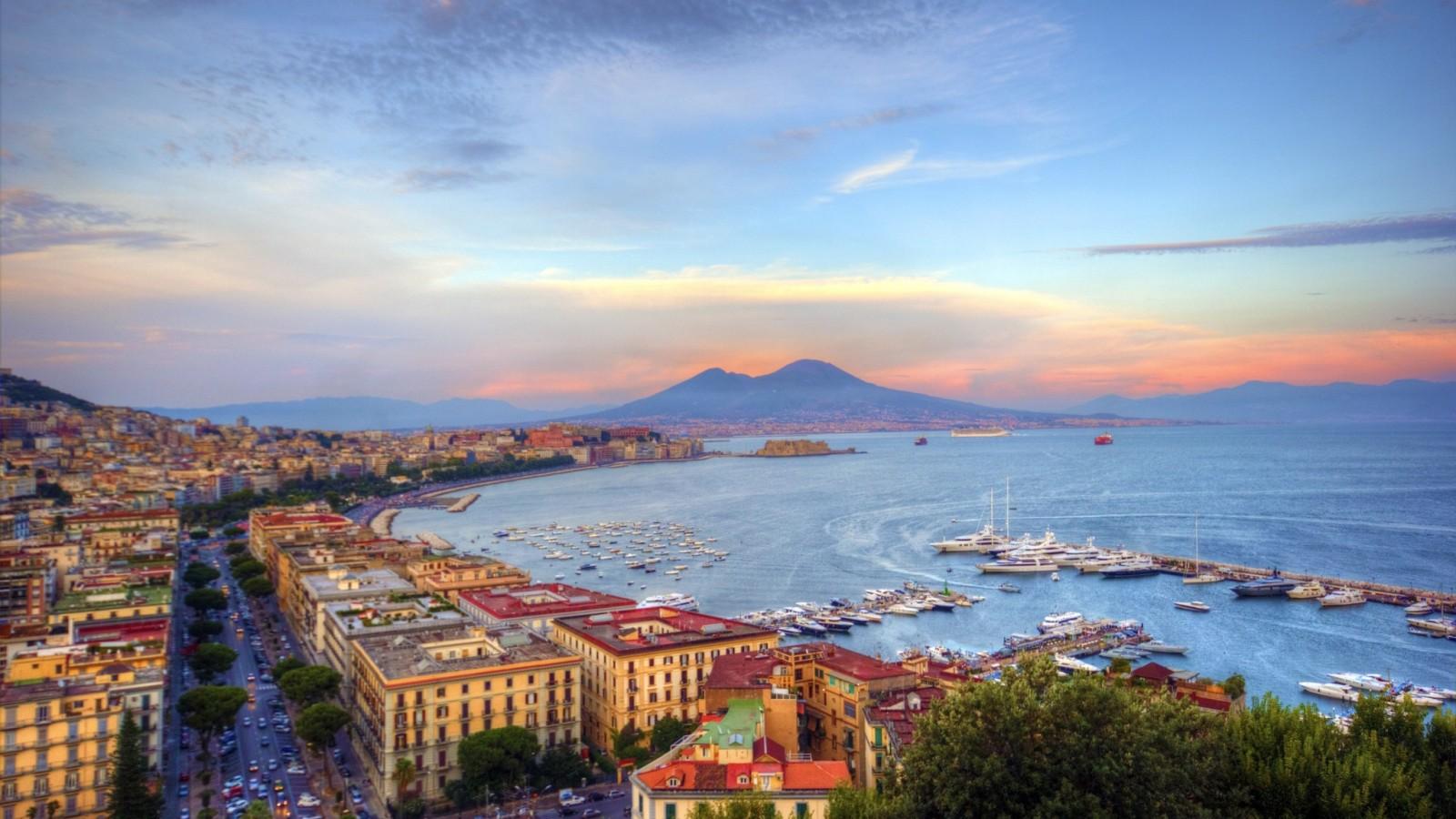 Una veduta del Golfo di Napoli (che meraviglia!)