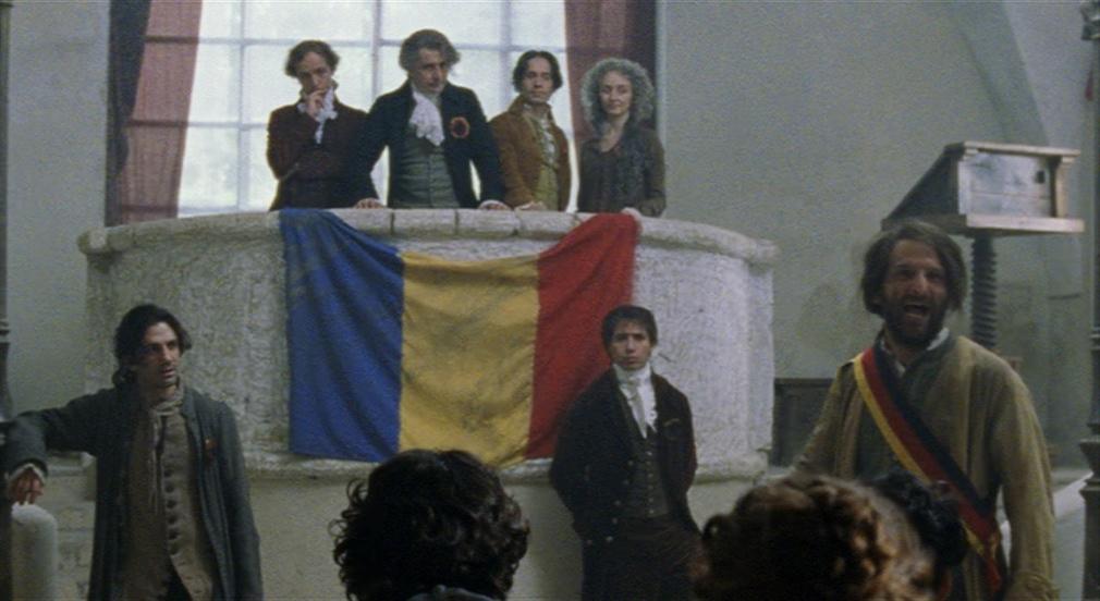 Eleonora Pimentel Fonseca e i rivoluzionari del 1799 in una scena de Il resto di niente