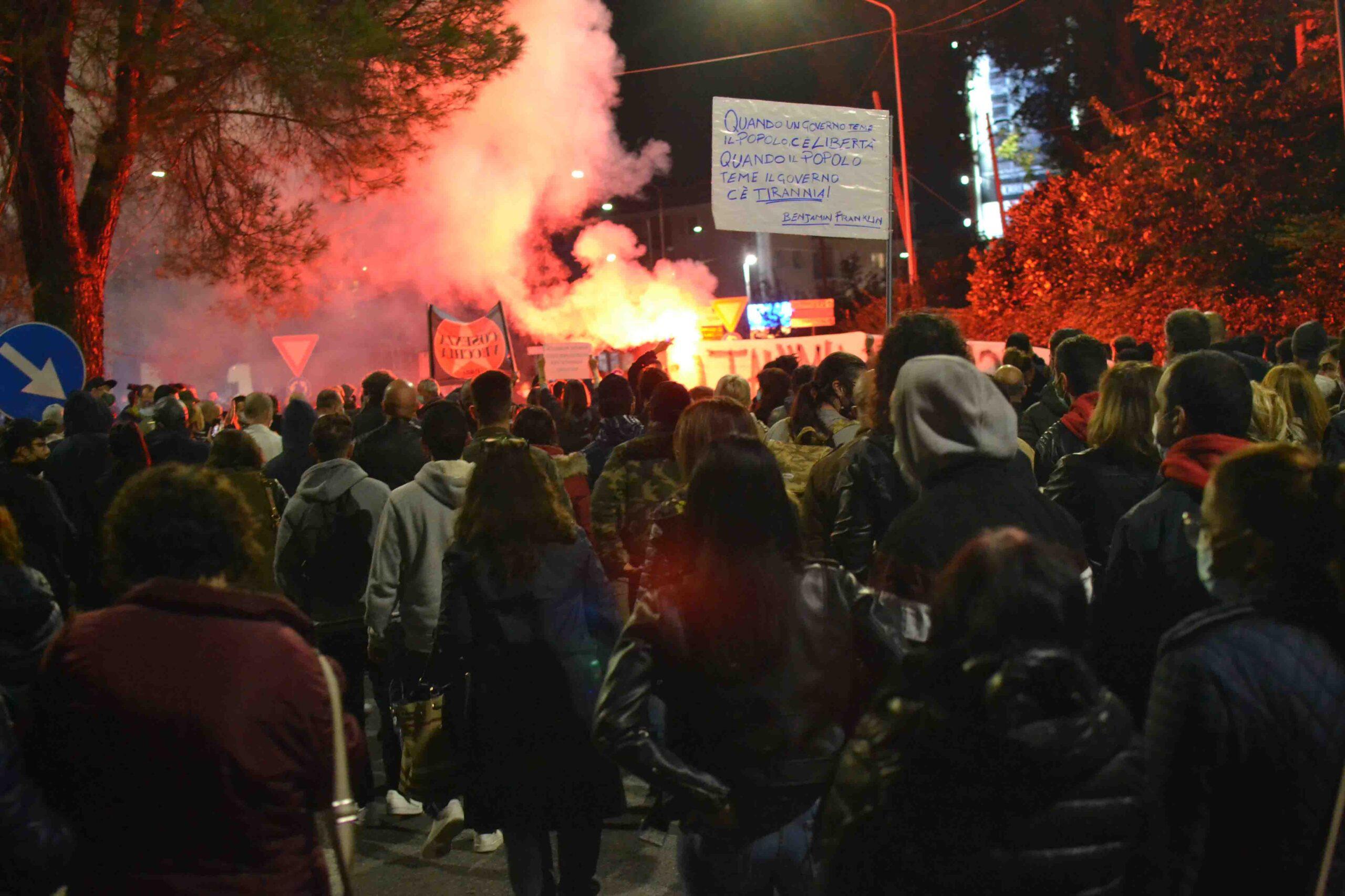 Manifestazione Cosenza 5 novembre
