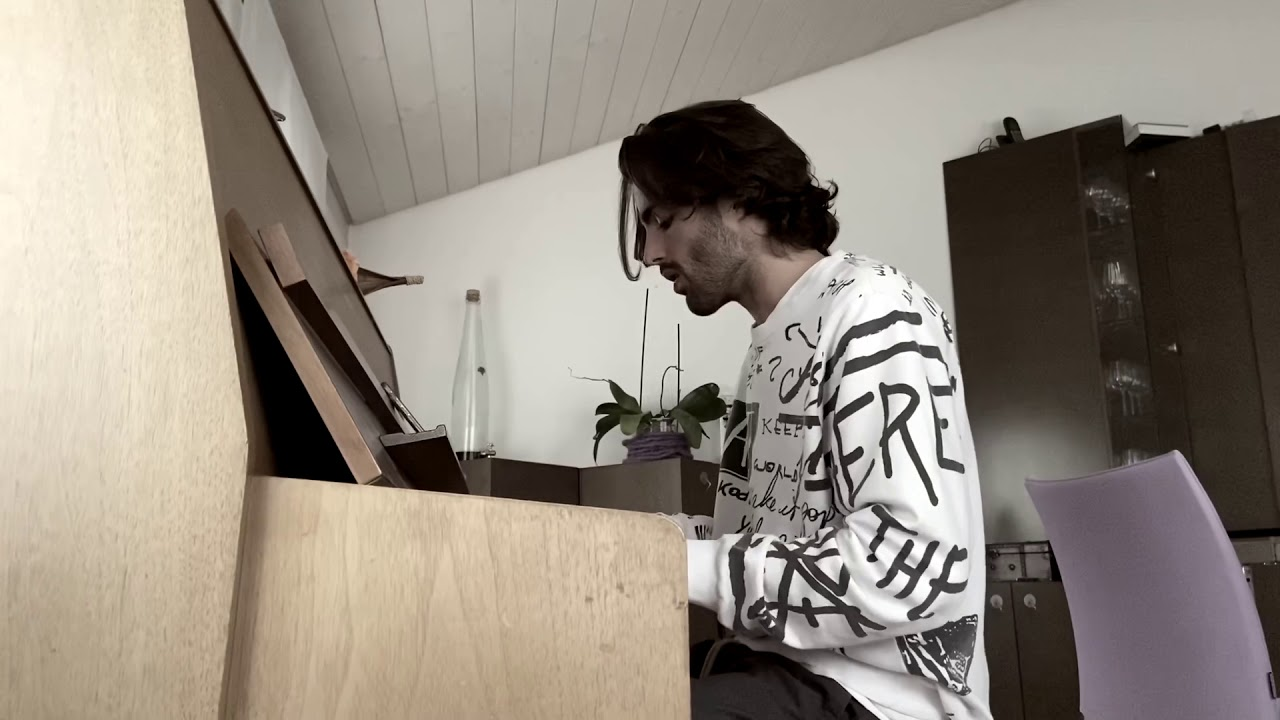Damiano Morisoli al piano