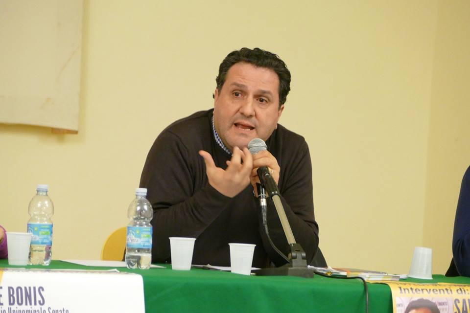Il senatore Saverio De Bonis